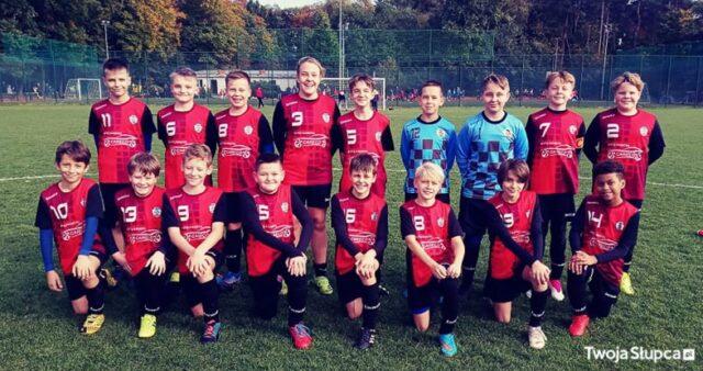 Młodzi na piłkarskich boiskach